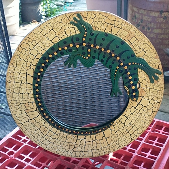 NWOT Beautiful Handmade Lizard Mirror